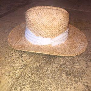 BNWT Hat Attack Straw Hat